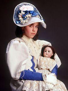 A Little Princess 1986 Little Dolly, Little Girls, Princes Dress, Princess Movies, Straight Jacket, Film Inspiration, Latex Dress, Girls World, 90s Kids