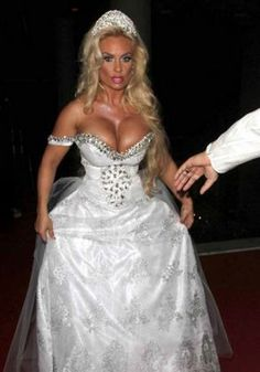 Remember That Kids May Be Present Wedding Dress Fails Funny Dresses Worst