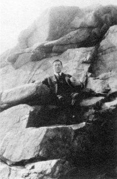 H.P. Lovecraft Photo Gallery. Magnolia, mass.
