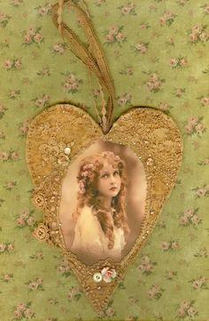 Vintage Lace Heart