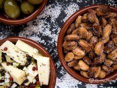 the almonds / las almendras