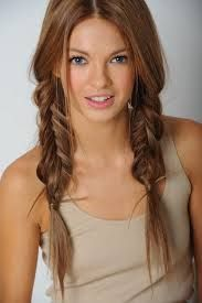 Hair Tips for Cute Braided Hairstyles with Video Tutorials ~ Natural Hair Styles.i really like fishtails instead of braids Hair color! Unique Braided Hairstyles, Pretty Hairstyles, Easy Hairstyles, Girl Hairstyles, School Hairstyles, Summer Hairstyles, Unique Braids, Peinado Updo, Coiffure Hair