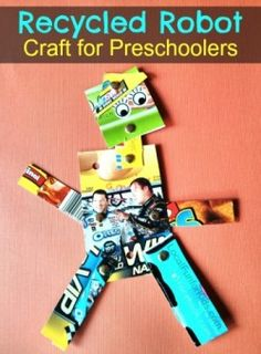 Earth Day Crafts For Kids Preschool Recycled Art Recycled Robot, Recycled Crafts Kids, Recycled Art, Projects For Kids, Crafts For Kids, Easy Crafts, Art Projects, Robot Theme, Earth Day Crafts