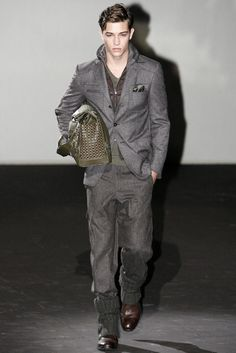 Corneliani Fall 2011 | Milan Fashion Week