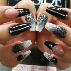Nails How to Raise Your Kids in a Balanced Way Although many everyone has their own different styles Black Nails With Glitter, Black Acrylic Nails, Metallic Nails, Best Acrylic Nails, Summer Acrylic Nails, Acrylic Nail Designs, Nail Art Designs, Fancy Nails, Bling Nails