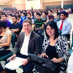 En la UTH con Stephen Posivak, Consejero de Prensa y Cultura de la Embajada de Estados Unidos y Verónica Garcia, Oficial de la oficina de Educación de la Embajada.