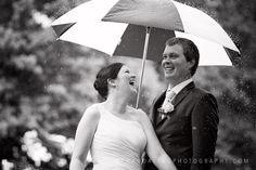 Wedding Photography    Rainy wedding photo