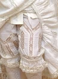 Edwardian era style under wear Antique Clothing, Historical Clothing, Vintage Outfits, Vintage Fashion, Vintage Underwear, Hoop Skirt, Lolita Cosplay, Retro Lingerie, Victorian Costume