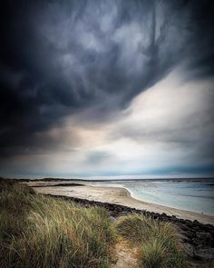 Dark storm cloud rolling in on Port Fairy - Pea Soup. Tilt shift lens certainly give it a unique perspective with the cloud once shifted.  : Canon 5D MKIII : Canon TS-E 17mm ƒ/4 : 1/50 ISO800 ƒ/4.0 : VIC AU  #amazing_australia #australia #australiagram #bestofaustralia #canonaustralia #exploreaustralia #ig_australia #iloveaustralia #seeaustralia  #worldbestshot #wow_australia #ig_exquisite #jaw_dropping_shots #big_shotz #ausfeels #australia_oz #visitvictoria #ilovevictoria #portfairy…