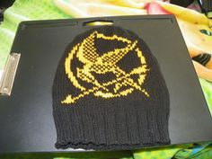 This is a colorwork chart for the mockingjay symbol from the Hunger Games trilogy by Suzanne Collins. I would love to see what people do with the chart -- please upload pictures!