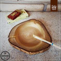 Cinzeiro feito com muito capricho e madeira de reaproveitamento <3 Em madeira de Ipê! ATENDIMENTO (19) 3628.1773 | (19) 98721.6564 (whats) madeiraamaosbo@gmail.com