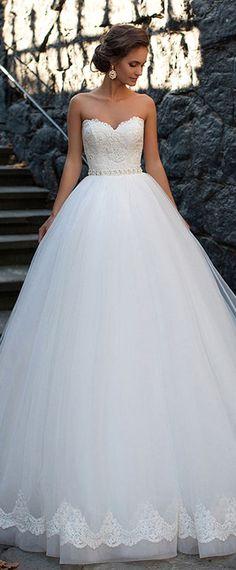 17 Best Wedding Dress Trends This Year   Pinterest   Layering ...