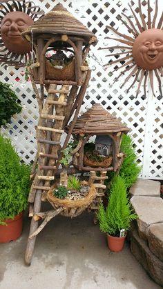 Garden Tree House, Fairy Tree Houses, Bird Bath Garden, Mini Fairy Garden, Fairy Garden Houses, Fairy Crafts, Garden Crafts, Bird Fountain, Fairy Garden Furniture