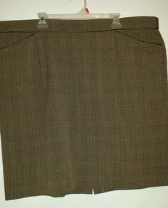 Dress Barn - woman's, plus size 24 skirt. Stylish and quality! ! #DressBarn #abovetheneedpleated