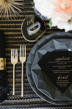 Gold Calligraphy Escort Card on a Crystal Geode | Erin Hearts Court Photography | Modern Gemstone Wedding Ideas