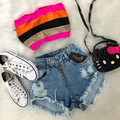 melissacalistri no Instagra Tumblr Outfits, Swag Outfits, Cute Casual Outfits, Grunge Outfits, Teenage Outfits, Teen Fashion Outfits, Outfits For Teens, Look Con Short, Swagg
