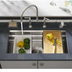 Exceptional Kitchen Remodeling Choosing a New Kitchen Sink Ideas. Marvelous Kitchen Remodeling Choosing a New Kitchen Sink Ideas. Steel Kitchen Sink, Single Bowl Kitchen Sink, Stainless Steel Kitchen, New Kitchen, Kitchen Decor, Kitchen Sinks, Kitchen Ideas, Kitchen Countertops, 10x10 Kitchen