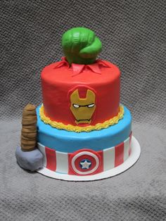 Avengers themed cake featuring Captain America, Thor, Ironman and Incredible Hulk.