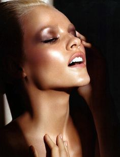 Nars Spring/Summer 2012 beauty campaign Model: Ginta Lapina Photography+ Make-up: Francois Nars Beauty Make-up, Beauty Shoot, Beauty Hacks, Hair Beauty, Luxury Beauty, Fashion Beauty, Makeup Trends, Makeup Inspo, Makeup Inspiration