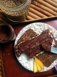 Cremiger Hanfsamen - Schokoaufstrich ohne Nüsse, Soja & Zucker
