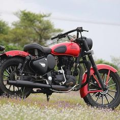 royal enfield new model Car Photos Hd, Jeep Photos, Best Photo Background, New Background Images, Royal Enfield Classic 350cc, Royal Enfield Wallpapers, Royal Enfield India, Bullet Bike Royal Enfield, Royal Enfield Accessories