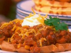 Get this all-star, easy-to-follow Cornmeal Waffles with Spicy Chili recipe from Paula Deen