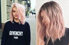 Resultado de imagem para cabelos com pontas rosas