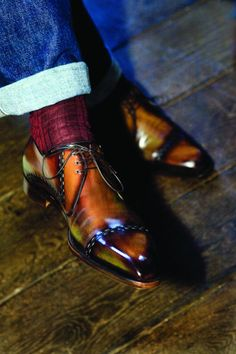 clawedrockdawg:  handmadebrogues:  bespoke lace up  Those are beautiful.  Seriously.