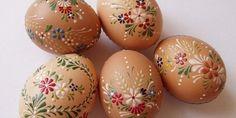 Vajíčka malovaná voskem krok za krokem