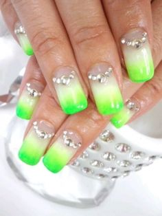 Pretty Neon Nail Art Designs to Try This Summer...
