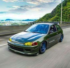 Perfctn on wheels! Honda Vtec, Honda Civic Hatchback, Civic Car, Honda Civic Type R, Super Car Racing, Chevy Muscle Cars, Tuner Cars, Street Racing, Japan Cars