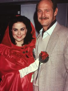 Gerald mcraney heather locklear 8x10 photo s2142 young for Are delta burke and gerald mcraney still married