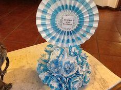 Centro de mesa, alusivo a nuestra patria! Frozen Disney, Ideas Para, Diy And Crafts, Scrapbook, Ornaments, 25 Mayo, Inspiration, Gardens, Jars