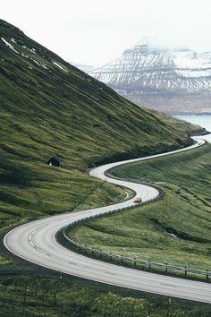 F&O Fabforgottennobility - tulipnight:  Faroe Islands Commute byDylan Furst