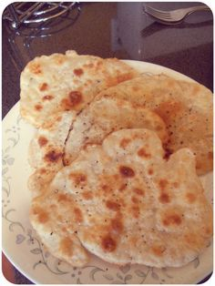 Easiest Flat Bread Recipe Ever! (Without Yeast). It is as simple as 4 ingridients we allready have. Super for partys.