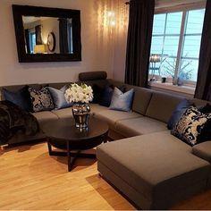 Living room ideas -Elegant-Cozy-Oriental-Middle Eastern style-credit to instgramمريم العقيلي