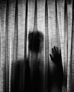 Zelfportret Edward Honaker, hij heeft zijn eigen depressie gedocumenteerd.