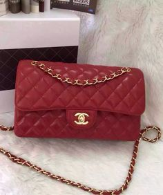 Chanel Small Classic Flap Bag in Red Caviar Leather with golden hardware sale at USD 309.  Free Worldwide Shipping.  From Site: http://www.luxtime.su/chanel-bags