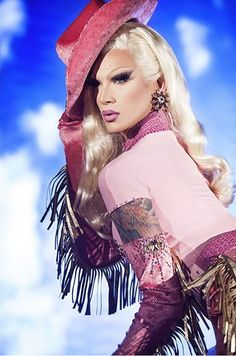 yk1977: crossoverdress: Miss Fame