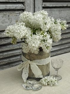 White lilacs arrangement