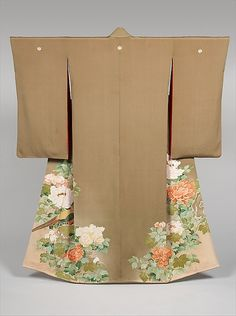 Kimono with Design of Pheasant amidst Peonies. First half 20th century, Japan. Silk crepe; hand-painted paste-resist dyeing with silk embroidered accents. MET Museum. Collection of Sue Cassidy Clark