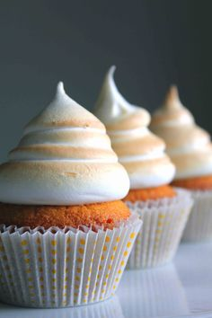 Vanilla Cupcake with Salted Caramel Filling and Toasted Marshmallow Frosting