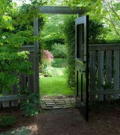 Gardening Love traditional landscape by ROOMS 'N BLOOMS - Wooden garden gates provide privacy and protection, keeping precious cargo in and unwanted visitors out. Curb appeal is serious business for wooden gates; Wooden Garden Gate, Garden Gates And Fencing, Diy Garden Fence, Garden Doors, Backyard Fences, Garden Paths, Backyard Landscaping, Side Garden, Wooden Fences