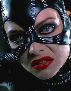 Michelle Pfeiffer as Selina Kyle / Catwoman Batman Returns by Tim Burton 199 - Womens Batman - Ideas of Womens Batman - Michelle Pfeiffer as Selina Kyle / Catwoman Batman Returns by Tim Burton 1992 Catwoman Cosplay, Batman And Catwoman, Im Batman, Batgirl, Batman Robin, Michelle Pfeiffer, Catwoman Selina Kyle, Julie Newmar, Batman Returns