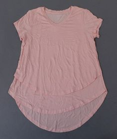 Loc: 185 Don't miss your opportunity on this item; if you decide to buy later it might be gone! Cheap Maternity Clothes, Cute Maternity Outfits, Maternity Leggings, Maternity Gowns, Nursing Tunic, Nursing Tops, Breastfeeding Clothes, Bra Tops, Opportunity