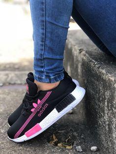 039b06cf zapatos deportivos variado para damas moda colombiana Zapatos Deportivos De  Moda, Ropa De Moda,