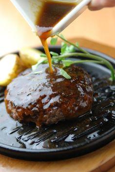 いしがまやハンバーグ - 『いしがま』で焼き上げたプレミアムハンバーグステーキ♪