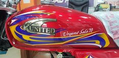 The post United unveils new stickers for United US 70 2021 Model appeared first on INCPak. One of the top Pakistan motorcycle manufacturers United has unveiled new sitckers for its United US 70 2021 model motorbike on Wednesday while the everything else remains entirely the same like every year. This United US 70 2021 model features an absolutely identical design as the previous models with the exception of the new sticker … The post United unveils new stickers for United US 70 2021 Model