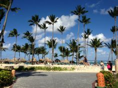 great all inclusive get-a-way,  5 star resort with a beautiful  beach, pool and restaurants