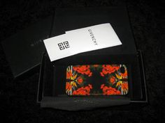 Givenchy iPhone 4 case